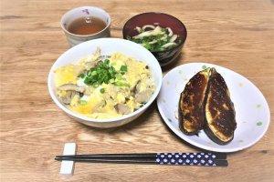 2017-09-03 キノコの卵とじ丼とナス田楽