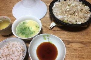 2017-10-19 タジン鍋で蒸し餃子