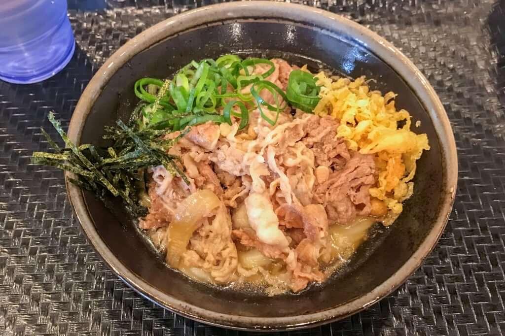 肉ぶっかけ_冷_小_こがね製麺所_観音寺店