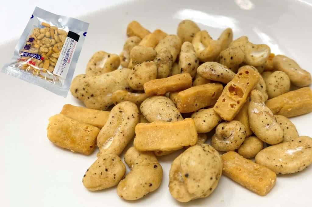 焼きチーズと黒胡椒カシュ―_伍魚福_2020-05-21