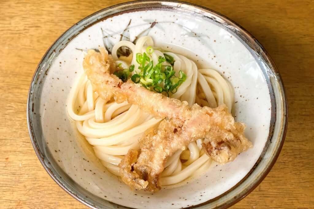 冷たい出汁とゲソ_長楽製麺所_2020-06-10