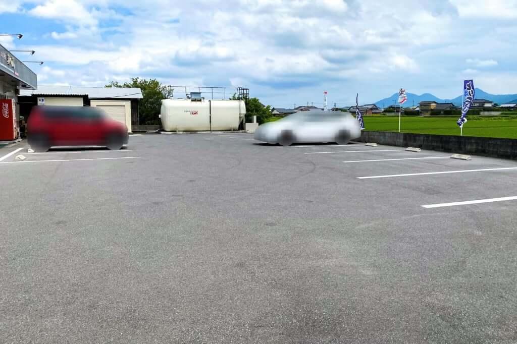 駐車場_麺の蔵_2020-07-17