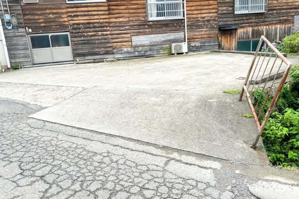 駐車場_三嶋製麺所_2020-07-08
