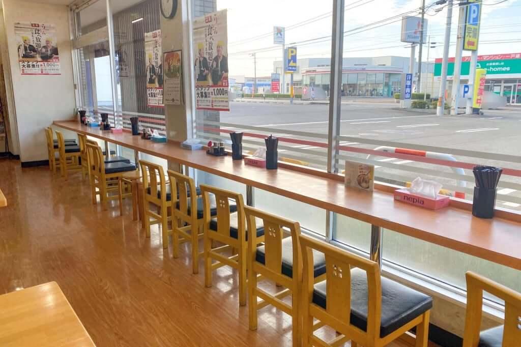 カウンター席_こだわり麺や_観音寺店_2020-11-06