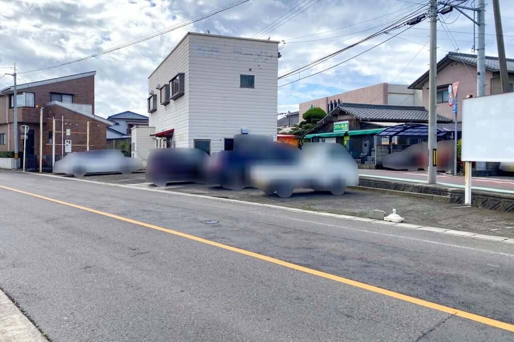 駐車場_ゆい製麺所_2021-03-05