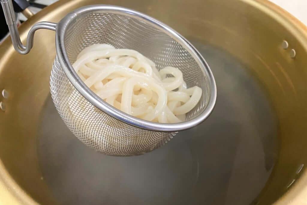 テボで温め直す_麺紡の通販うどん_2021-03-29