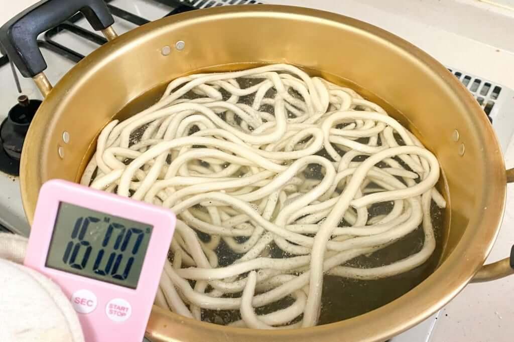 茹で時間のタイマースタート_麺紡の通販うどん_2021-03-29